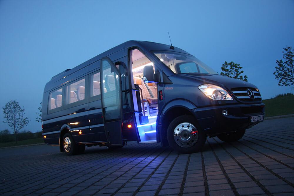 микроавтобус 20