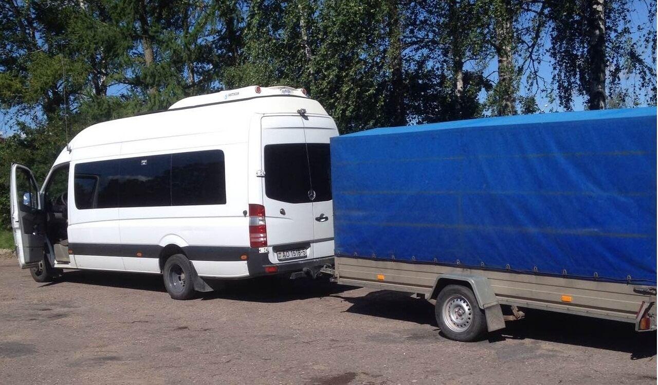 Аренда микроавтобуса с прицепом в Минске